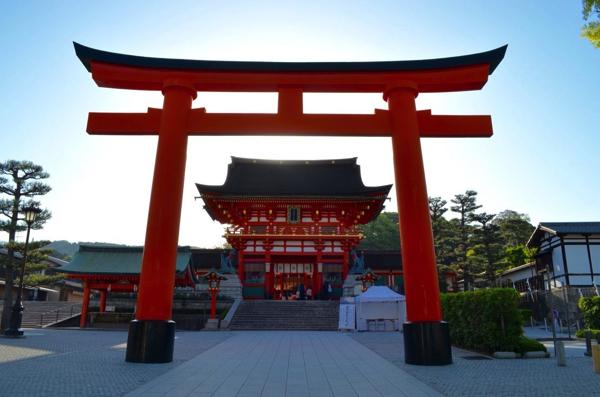 全国約3万社ある稲荷神社の総本社・伏見稲荷大社