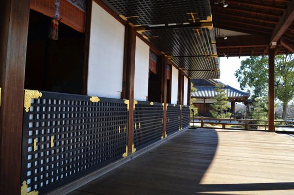 大覚寺の「宸殿」うぐいす張りの廊下
