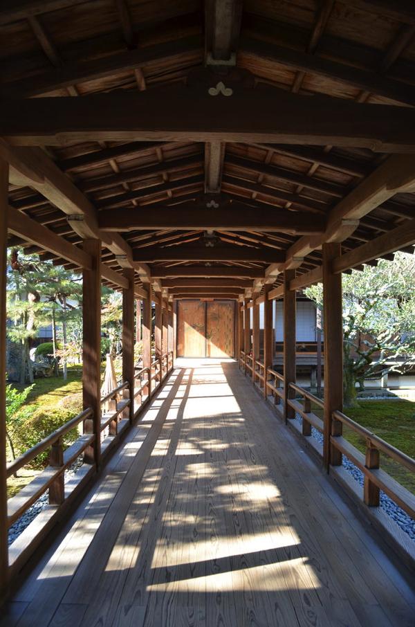 大覚寺の「村雨の廊下」