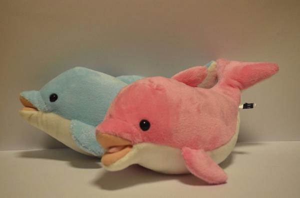 イルカのぬいぐるみ