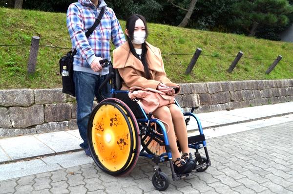 今は車椅子での生活