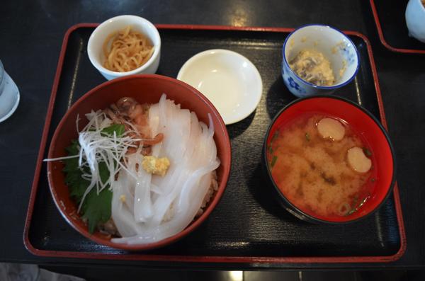 白イカ丼定食