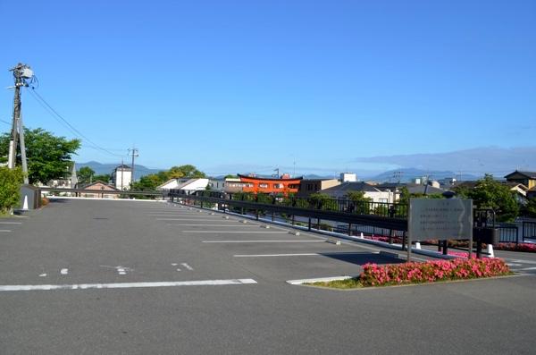 収容台数170台の駐車場