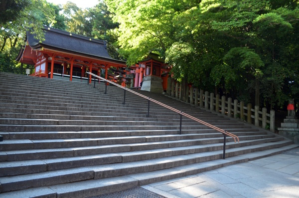 千本鳥居の手前の階段