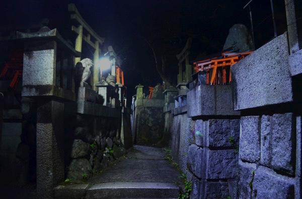 田中社(権太夫大神)のお塚