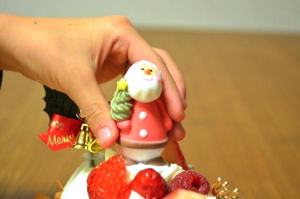 サンタクロースを飾り付ける