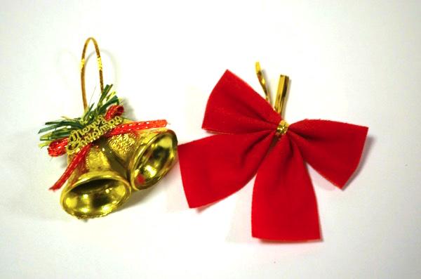 クリスマスの飾りつけも100円でGET!
