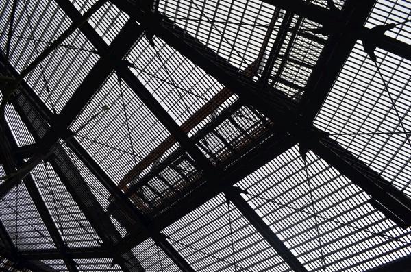 天井にある通路