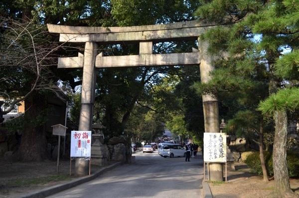 藤森神社の南門