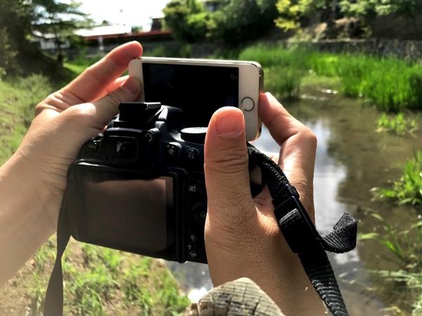 カメラの上にiPhoneを搭載!?