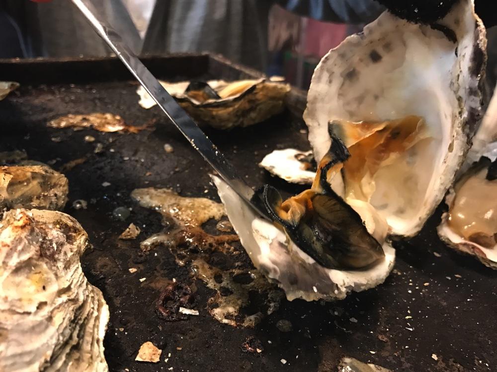 牡蠣の殻をこじ開けよう!