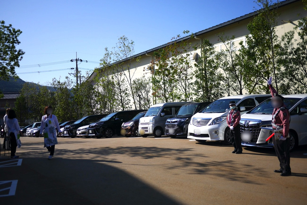 「マールブランシュ ロマンの森」の駐車場