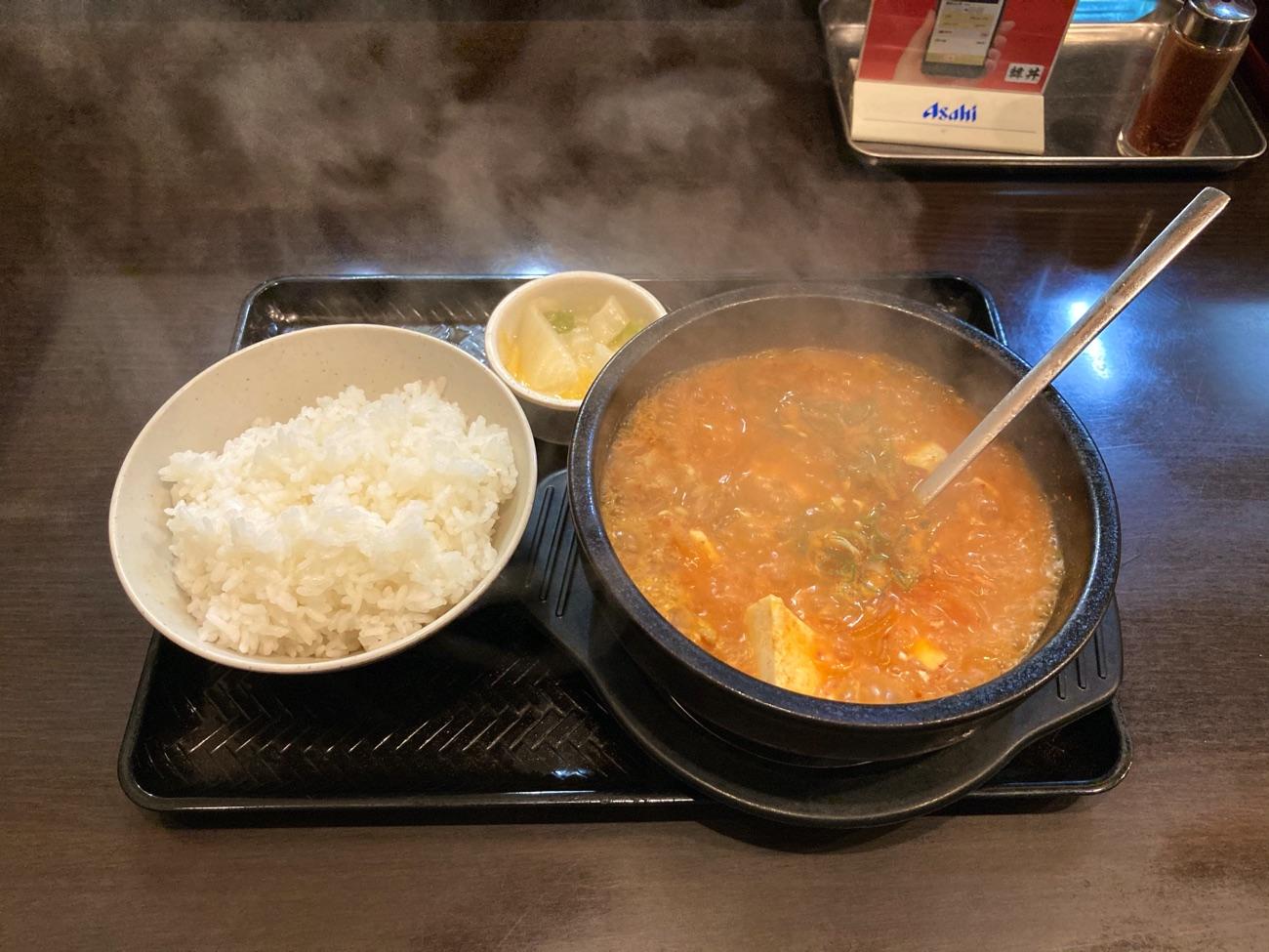 スン豆腐 ホルモン(定食)