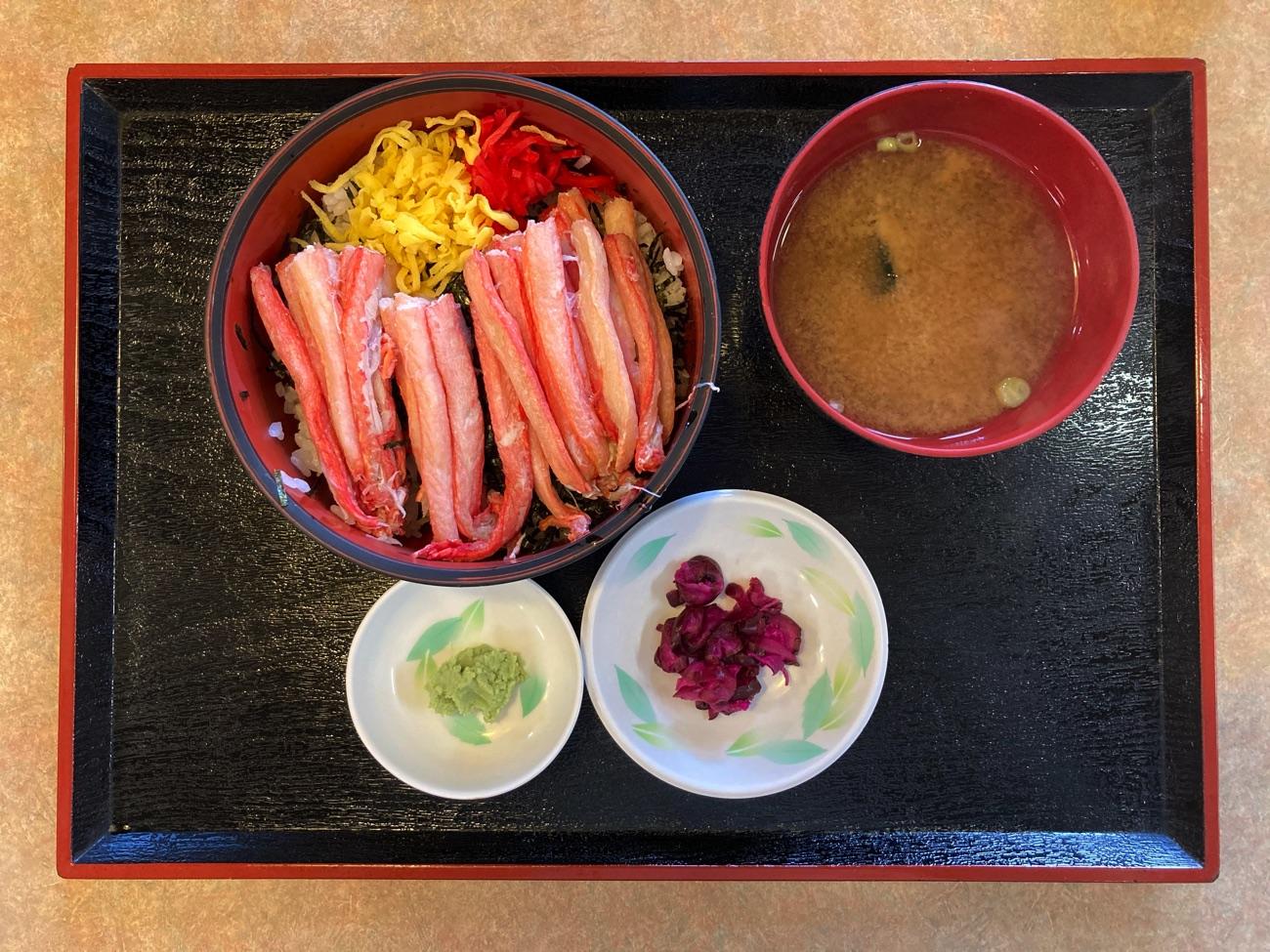 かに丼(1,730円)