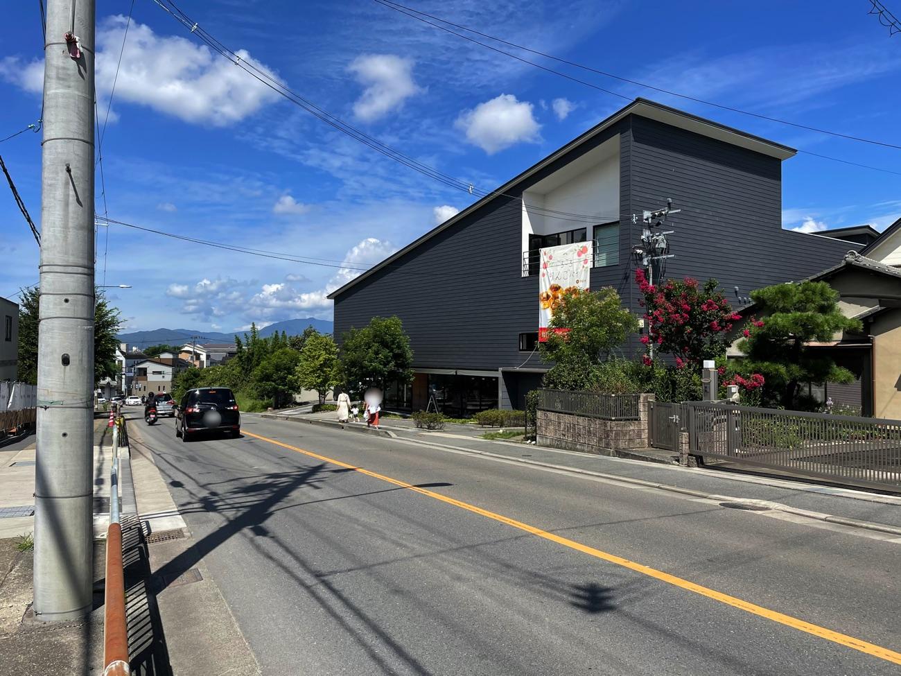 大岩街道(西向き)