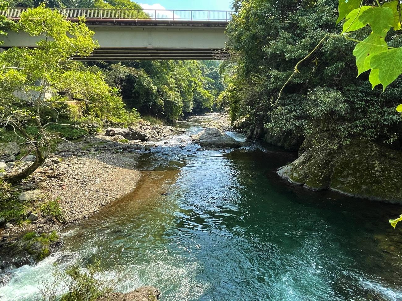 関西電力・洛北発電所前の風景