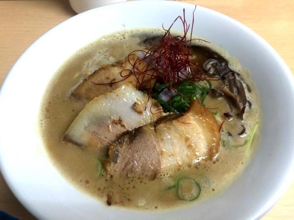 「熟成豚骨ラーメン」は15食限定!!