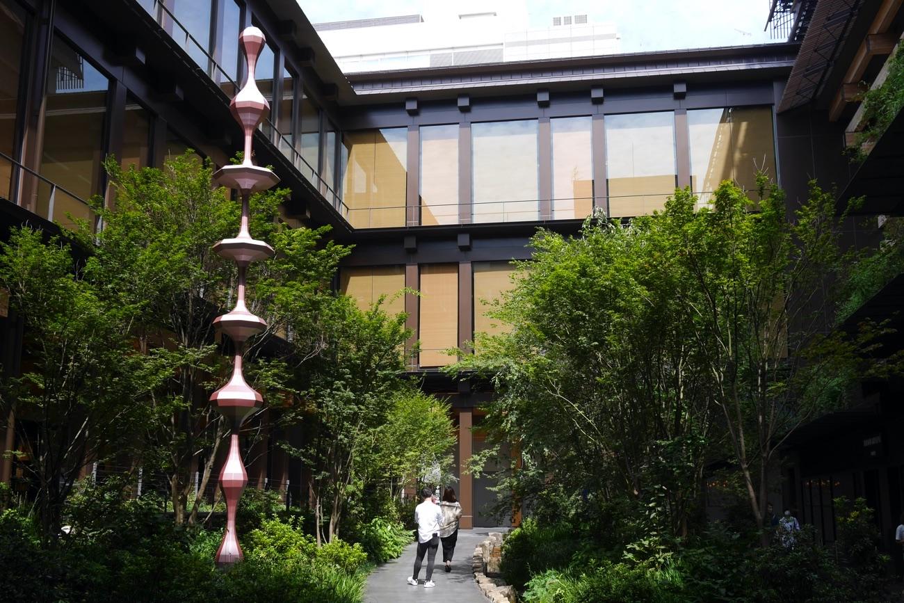 新風館の中庭