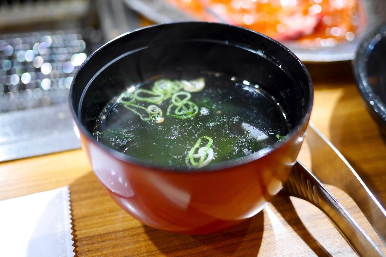 焼肉定食のスープ