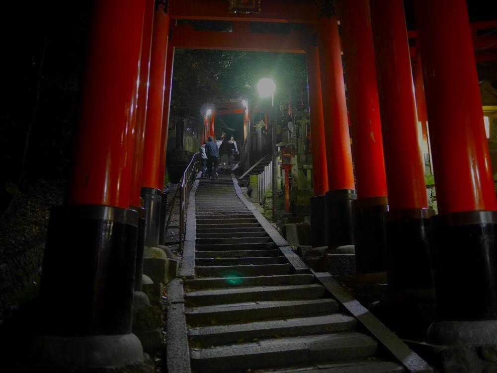 熊鷹社へ続く階段