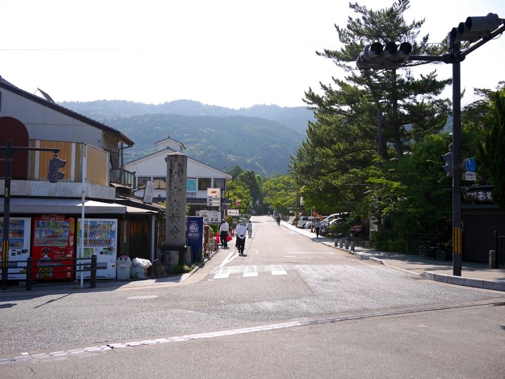 「南禅寺前」の交差点