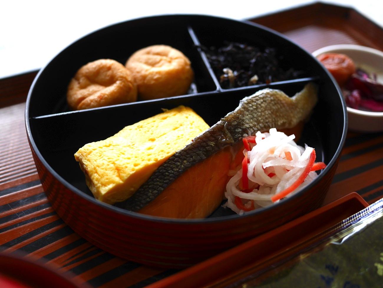 参集殿の朝食