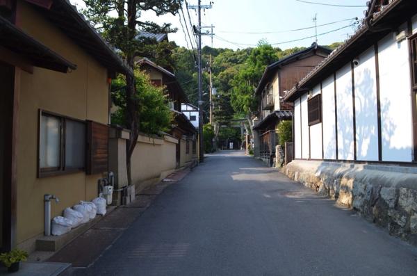 銀閣寺前から登山道へ